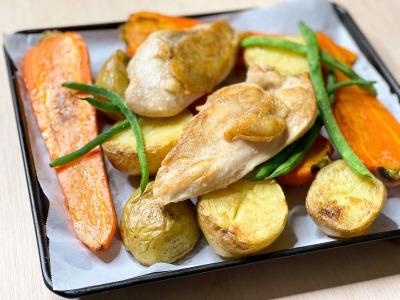 ローストした鶏むね肉と野菜